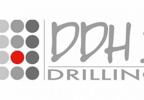ddh1drilling-customer- of-automotive-workshop-services